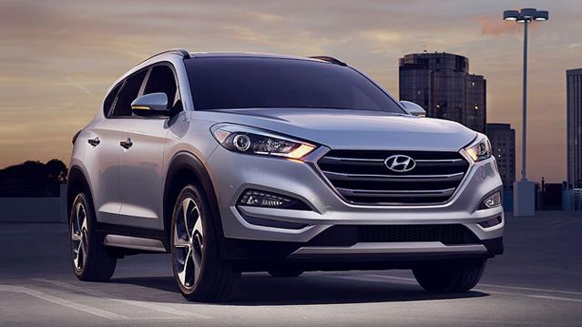 New 2018 Hyundai Tucson SE